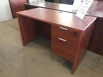 SD02A: Standard Single Desk