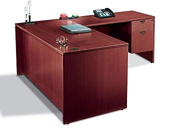 "L04.1A: Single pedestal desk ""Special"""