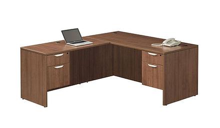 L06.1A: Standard L-desk