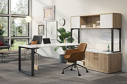 L14.6A: L-desk workstation