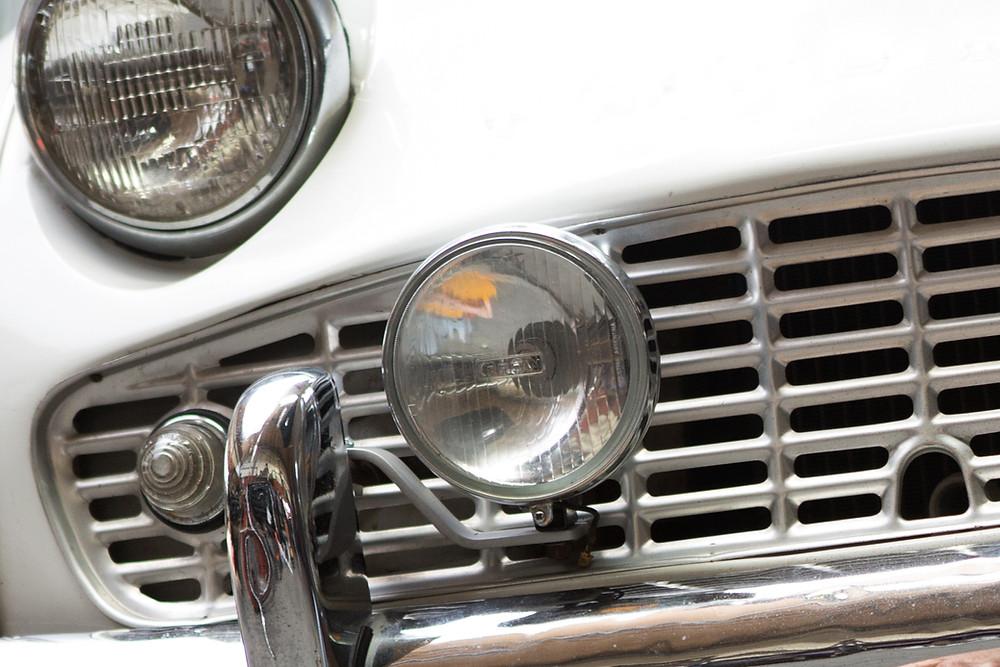 Bumper fog lights on classic 1950s car