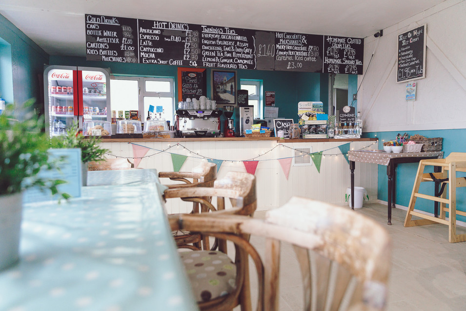 Vineleaf Cafe Small-52.jpg