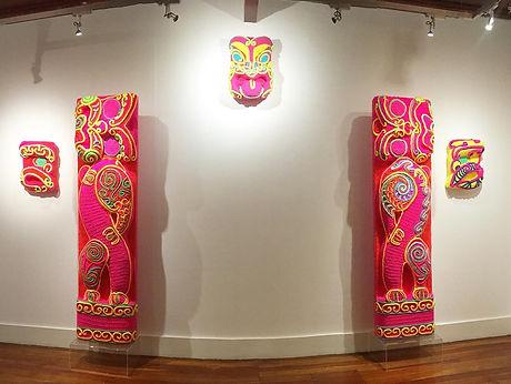 Neon crochet Pou