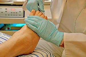 diabetic routine foot care.webp