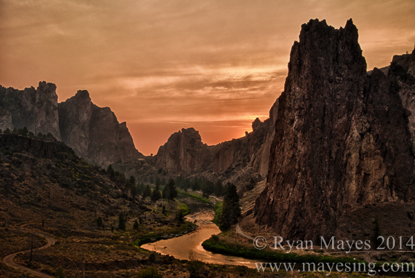 Wildfire at Smith Rock