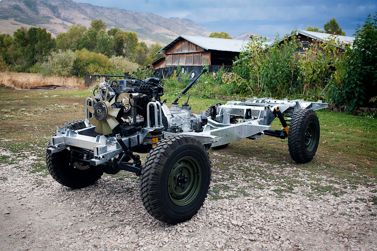 engine on rolling chassis2.jpg