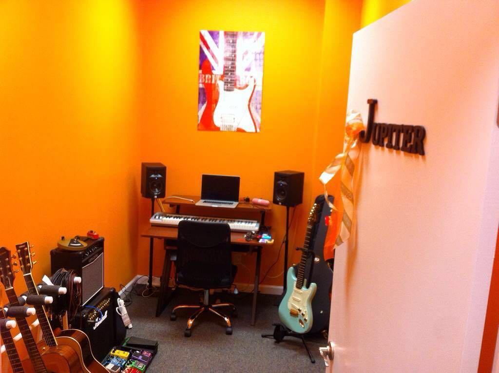 Guitar classroom/Studio