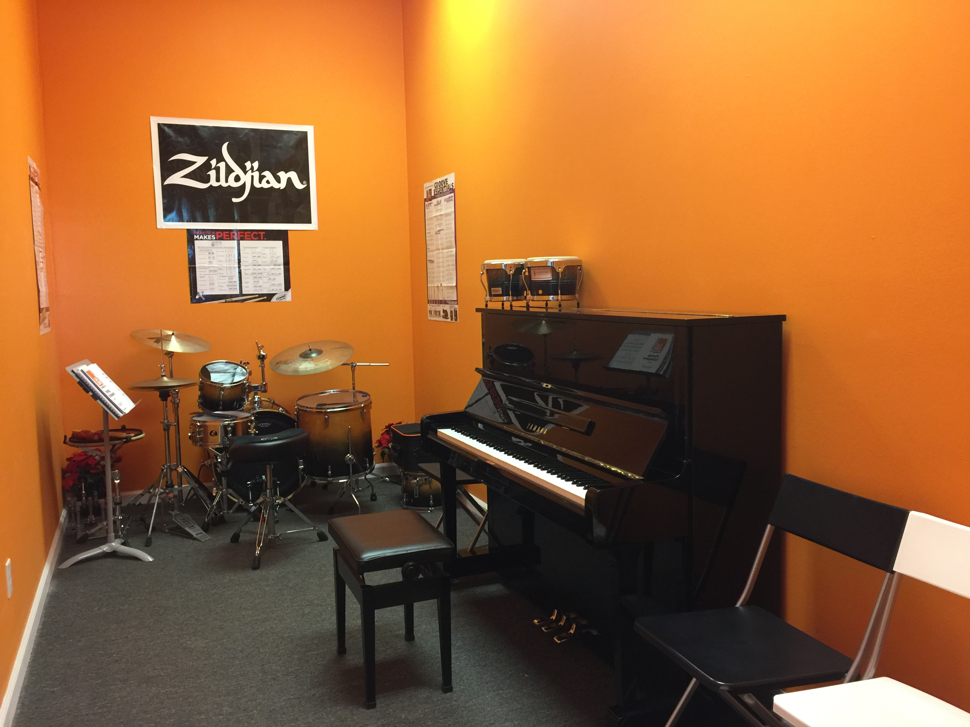 Piano/Drum/Vocal Classroom