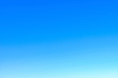 4k-wallpaper-blue-sky-blur-281260.jpg