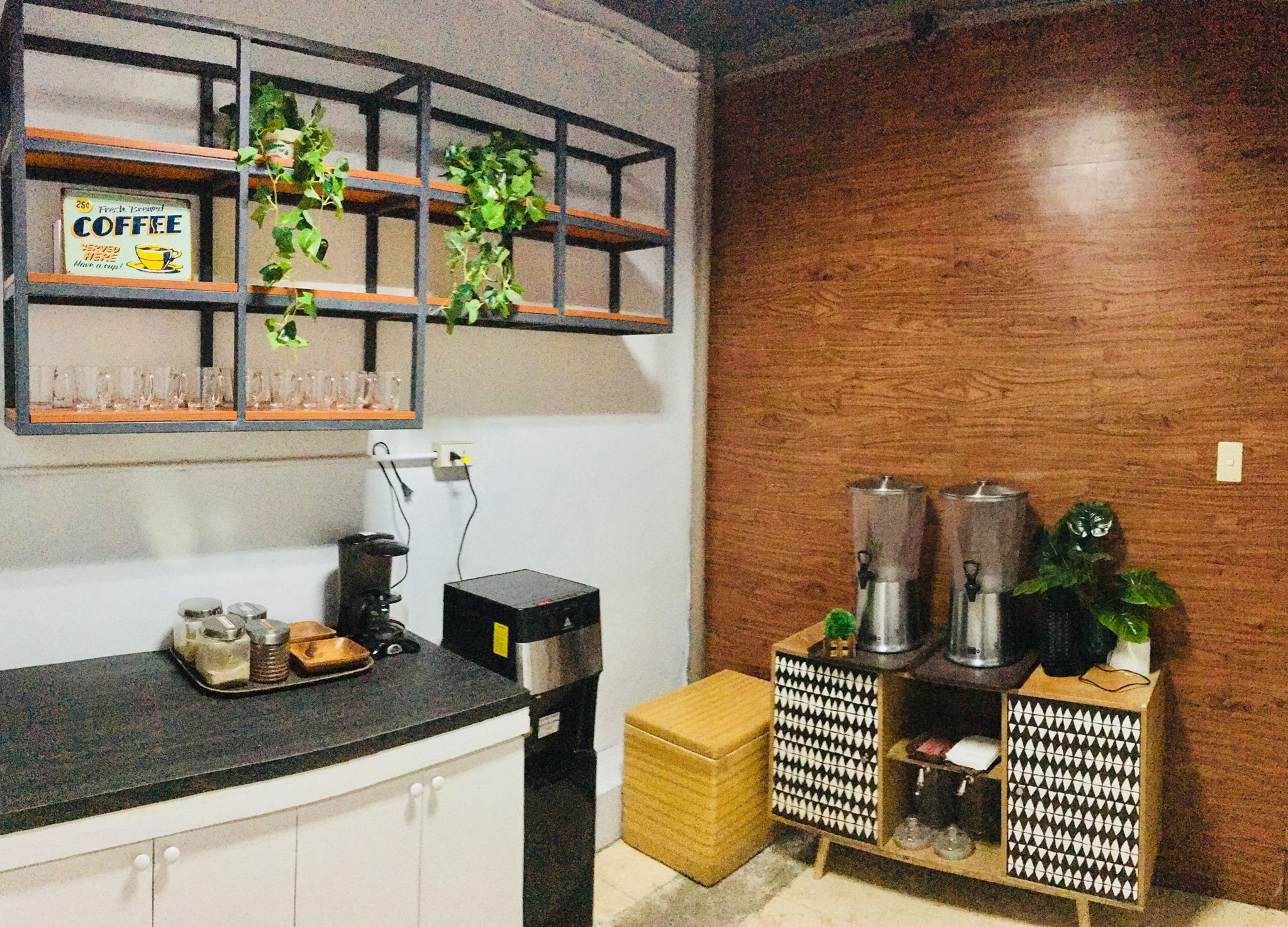 933 Co-working MNL Main branch