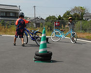 自転車乗れない小学生