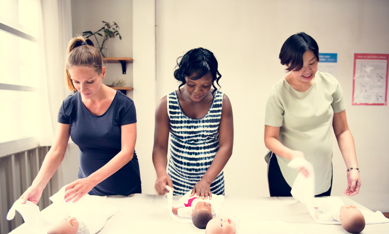 pregnant-women-in-a-class-PJKQZ3B_edited