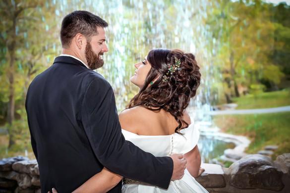 Dogwood-Canyon-Waterfall-Wedding