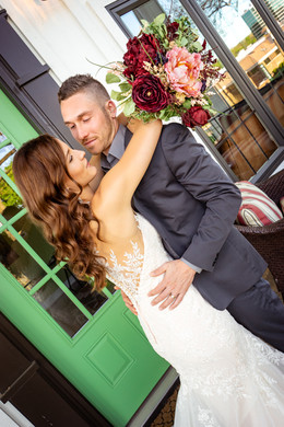 Bride-and-Groom-at-Huff-House-Estate