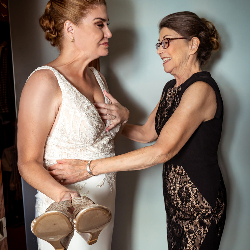 First look with Mother of the Bride