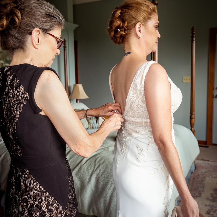 Mother of Bride Zips Wedding Gown