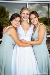 Bridesmaids at Missouri Wedding