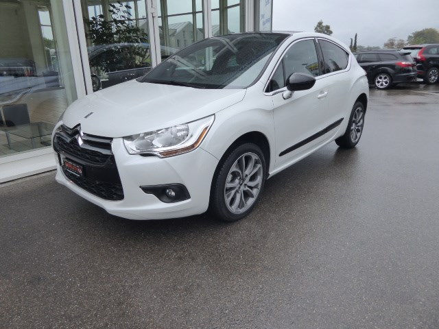DS AUTOMOBILES DS4 1.6 HDi Dark Top EGS6