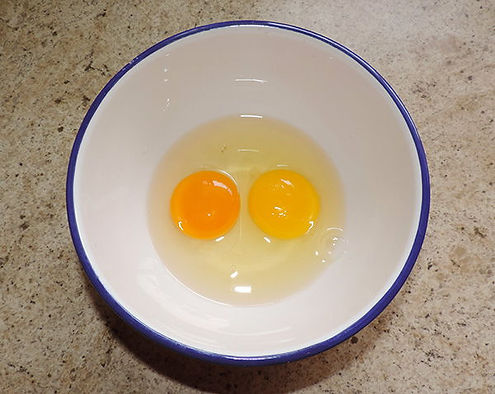 pasture-to-store-egg-comparison.jpg