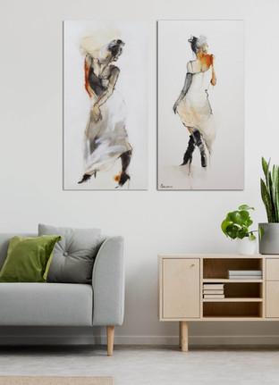 שתי נשים בשחור לבן sold