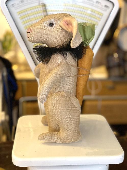 Hare i lin med gulrot