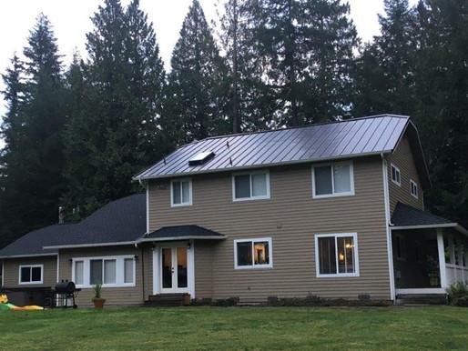 Custom designed Metal and Asphalt Combo Roof