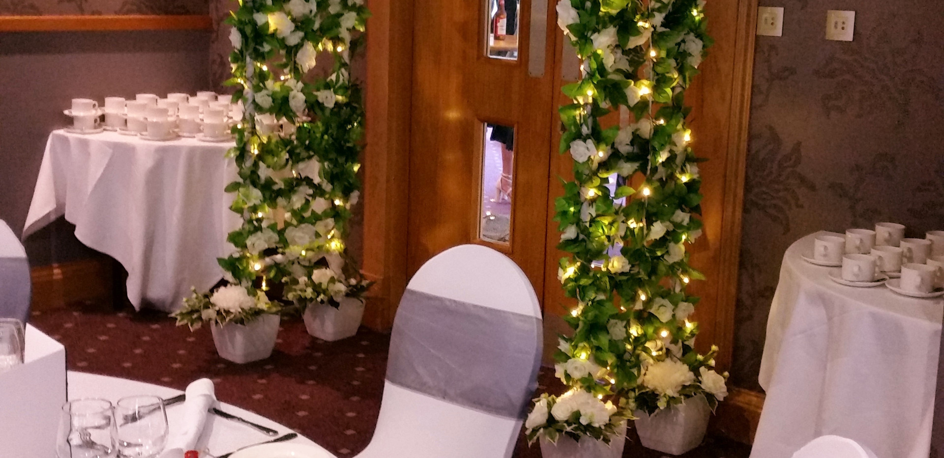 Our illuminated Wedding Archway