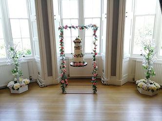 Rustic Wedding Cake Swing