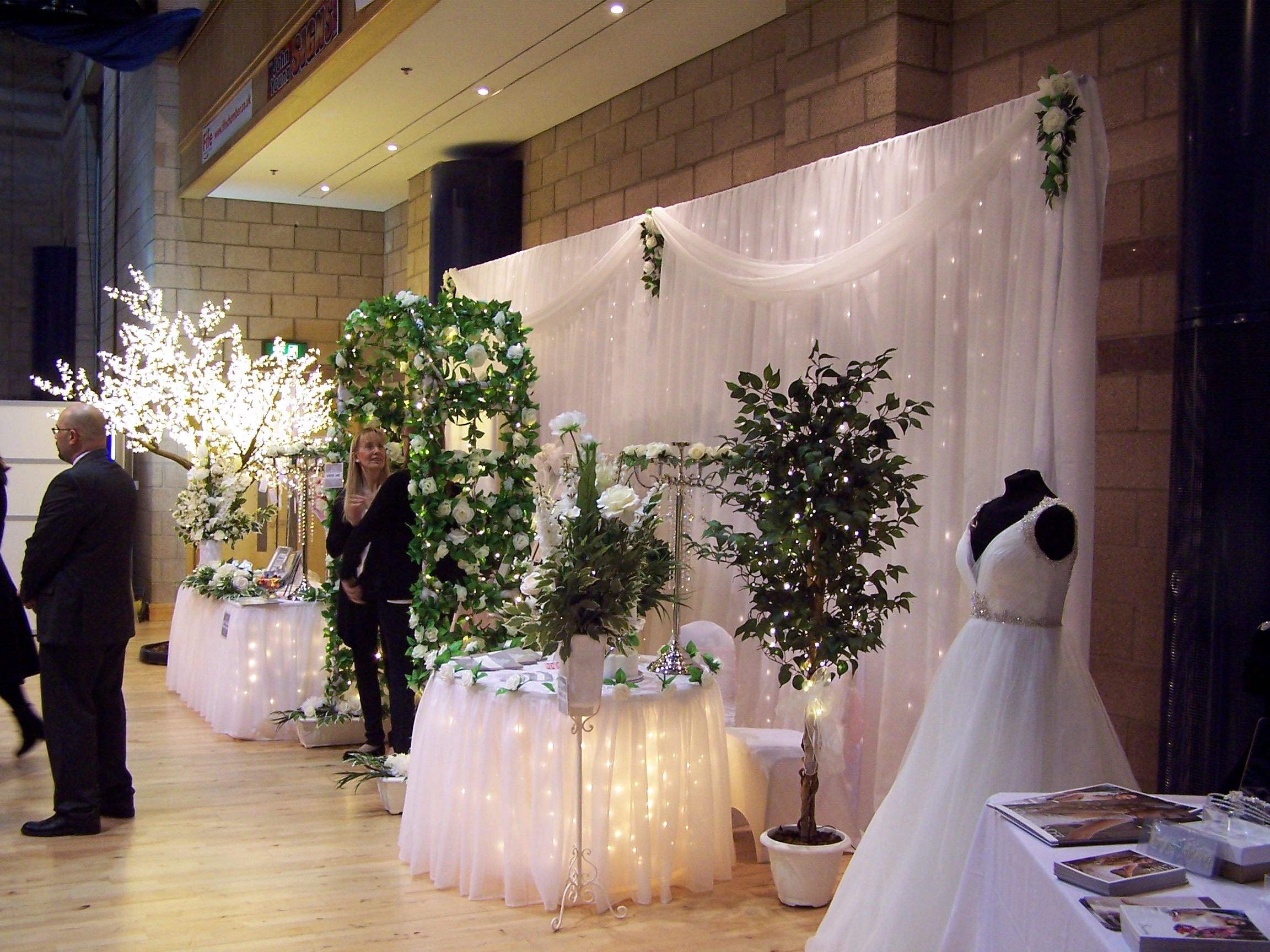 Limelight Weddings Stand