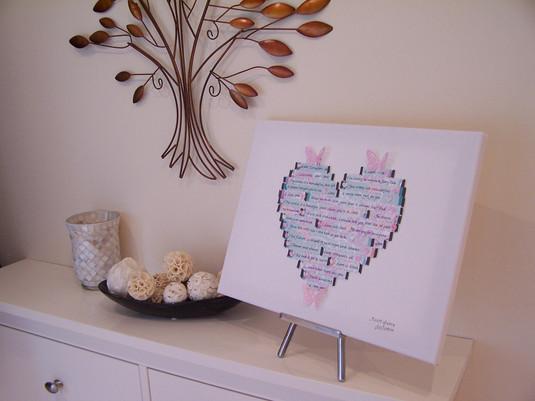 Pretty heart canvas