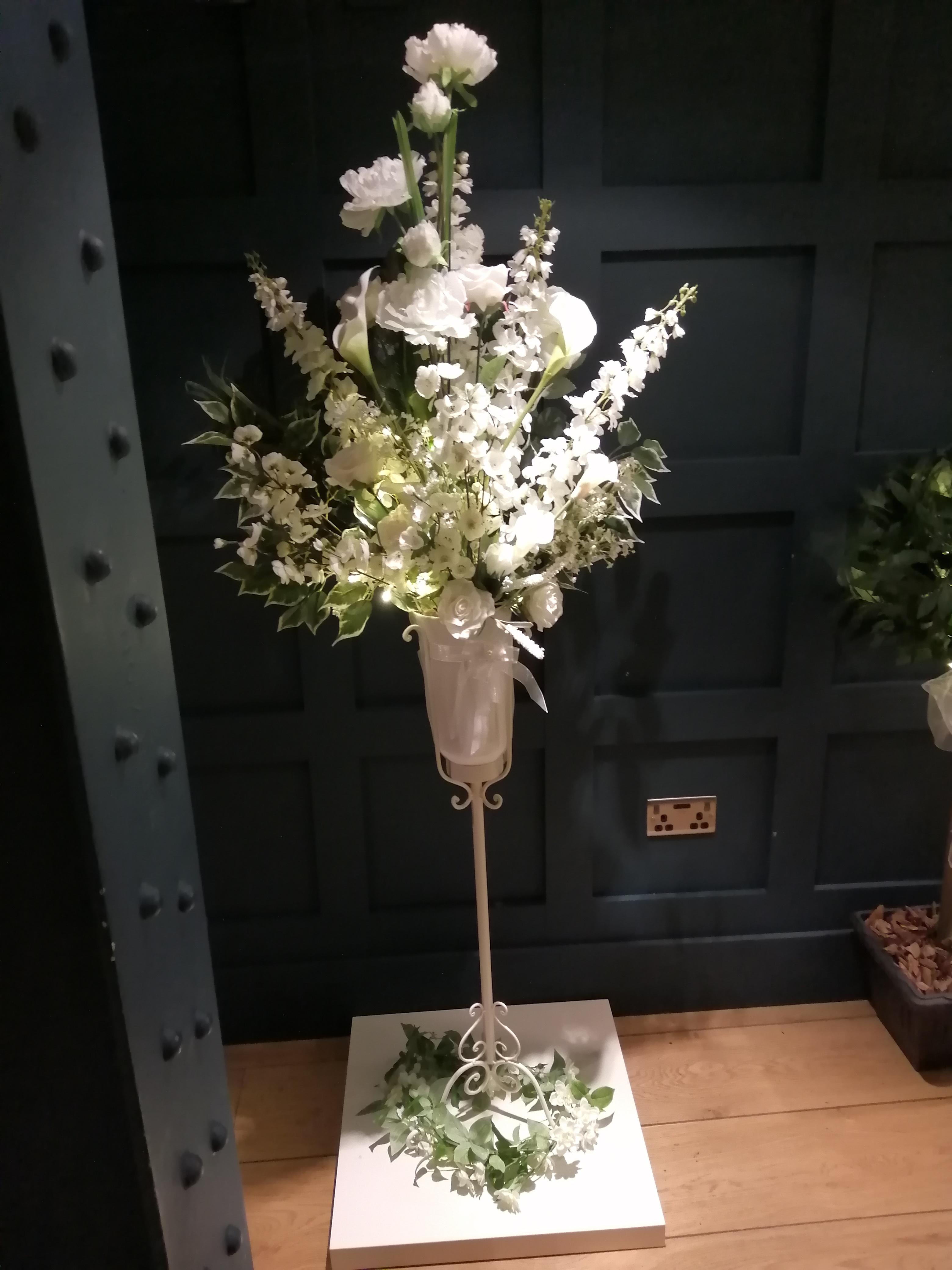 Pedestal Arrangement