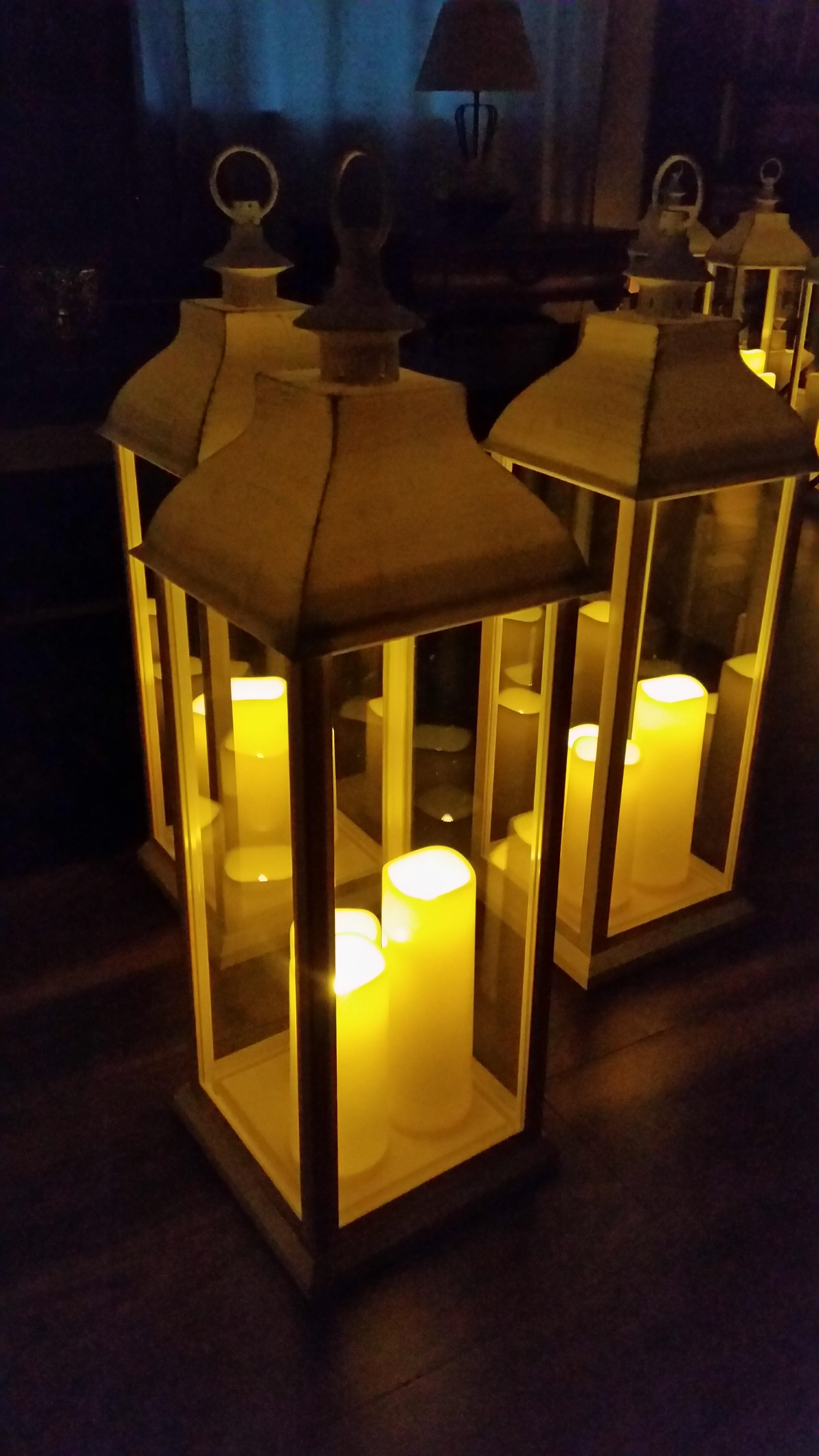 Tall Aisle Lanterns