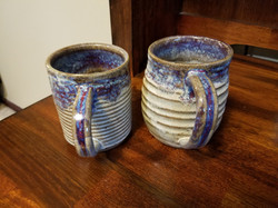Grooved mugs
