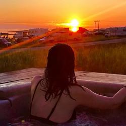 Hot pool midnight sun
