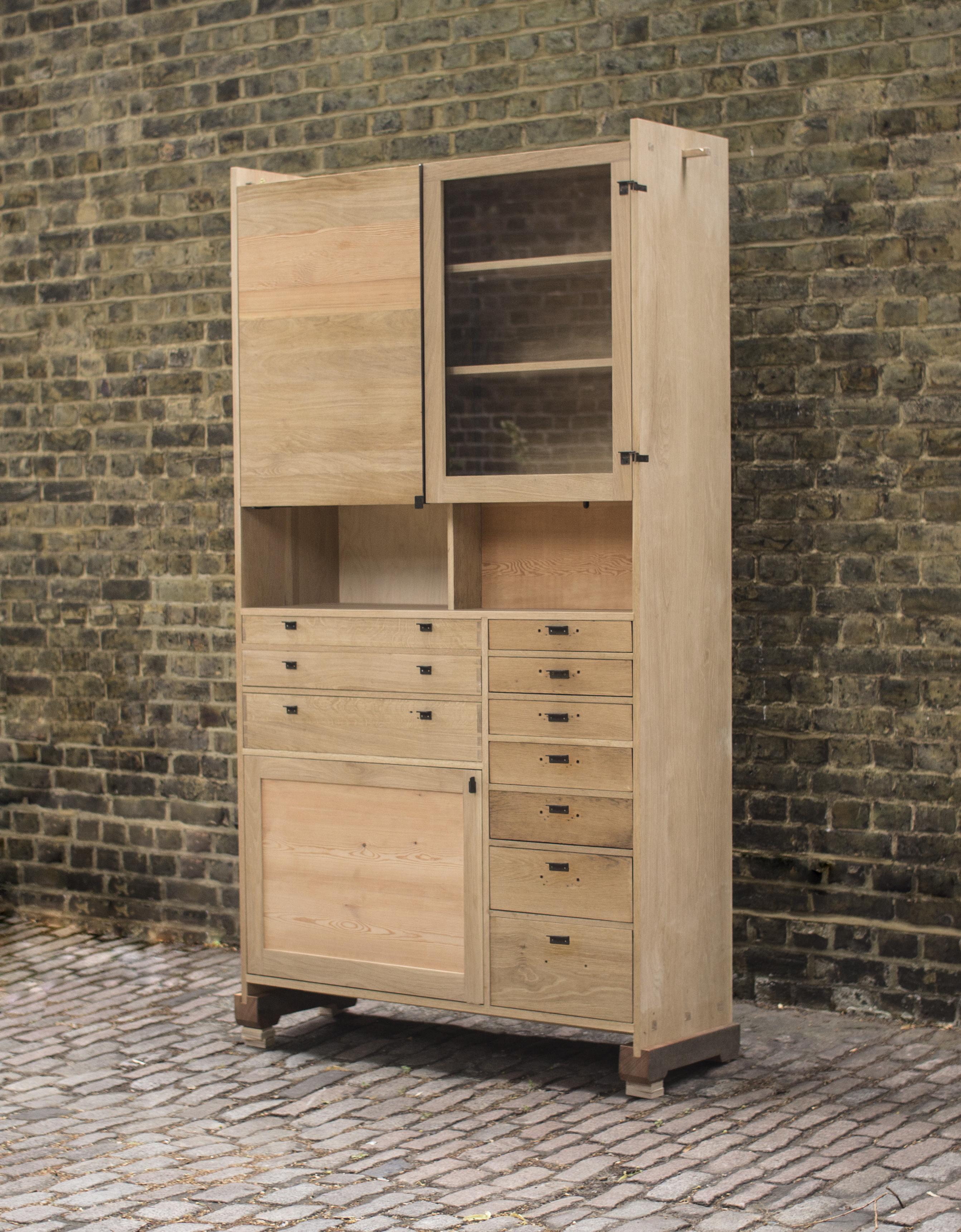 Tessa cupboard 1