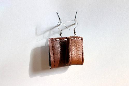 Leather loop earrings