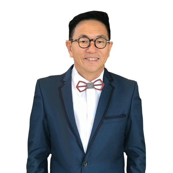Terrance Tan with no bag (1).png