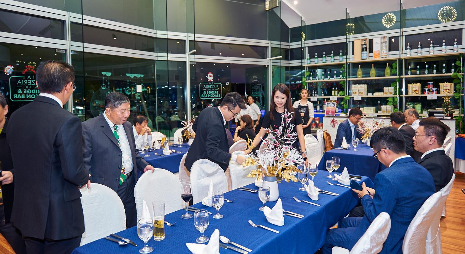 GE_Xmas_dinner211218_0184.jpg