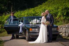 hochzeitsfotograf-bern-foto-mit-limousine.jpg