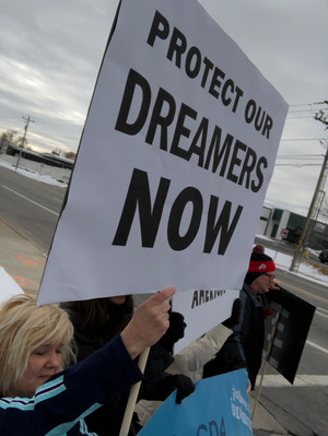 CD4 Coalition Calls On Rep. Mia Love, Congress To 'Do Your Job' For DACA Dreamers [Press Release]