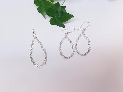 Long Teardrop Shape Design Pendant W/ Matching Earrings