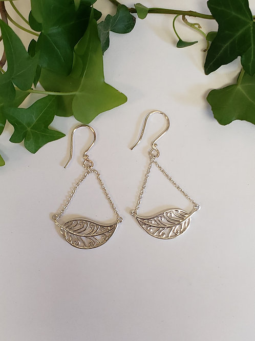 Leaf Dangle Earrings W/ Matching Necklace