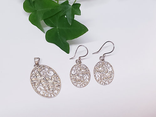 Double Flower Pendant W/ Matching Earrings
