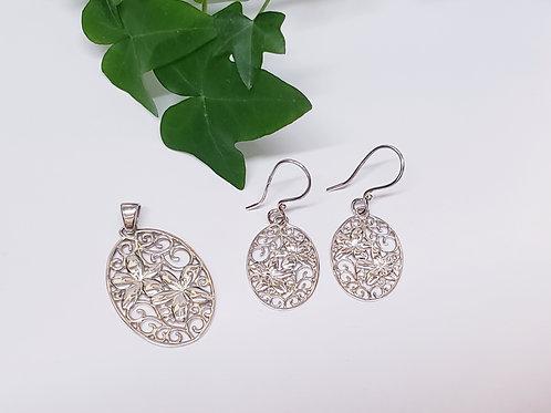 Double Flower Pendant W/ Matching Earrings