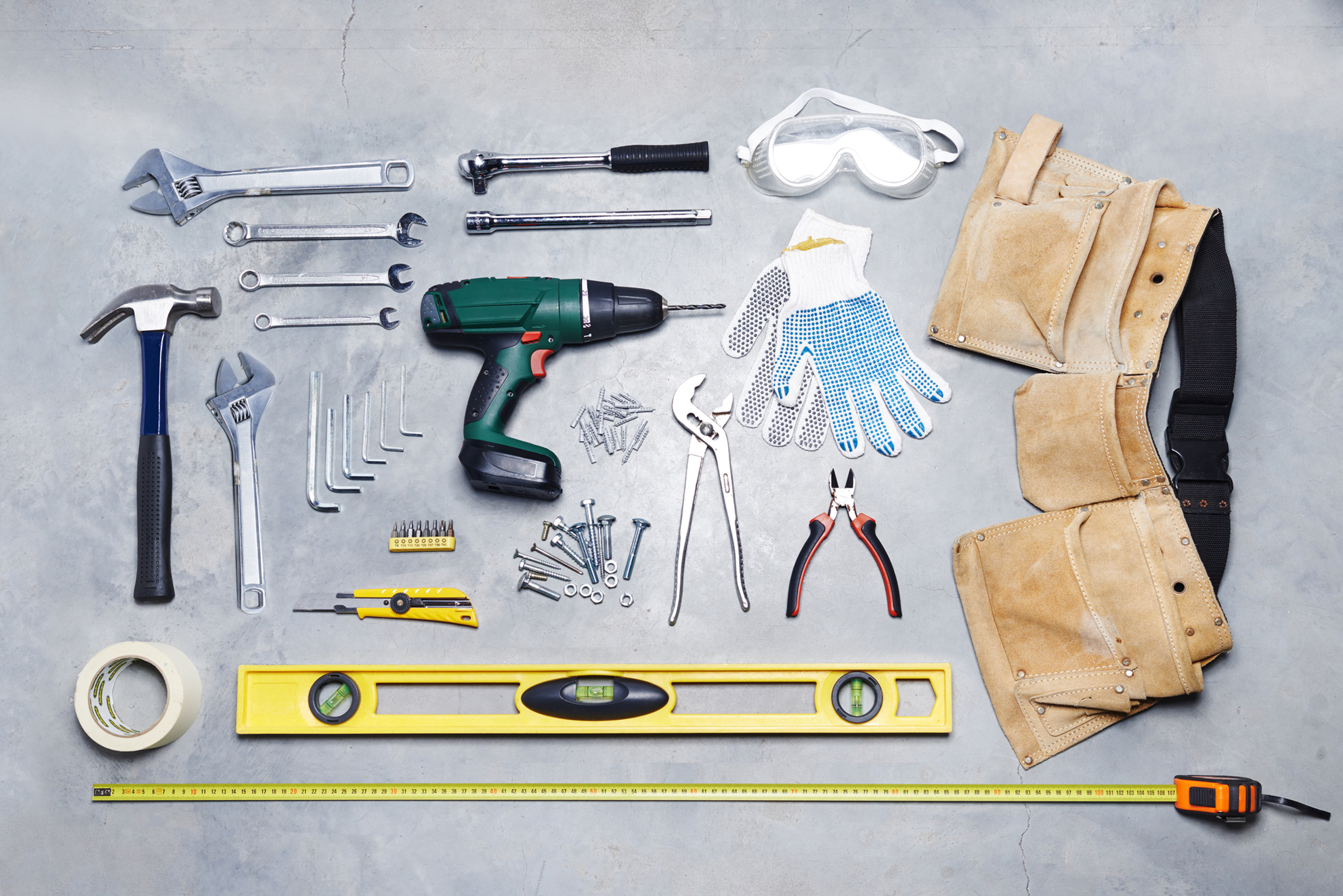 USE HAND & POWER TOOLS  1 - 2 DAYS