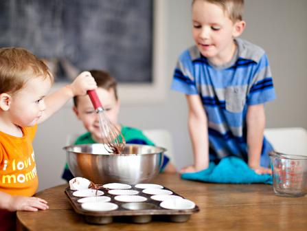 Jeunes enfants - Cuisine/ Young Kids - Cooking