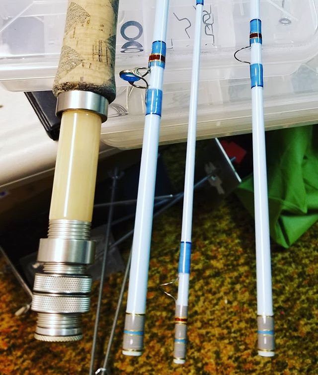 CUSTOM FLY FISHING RODS