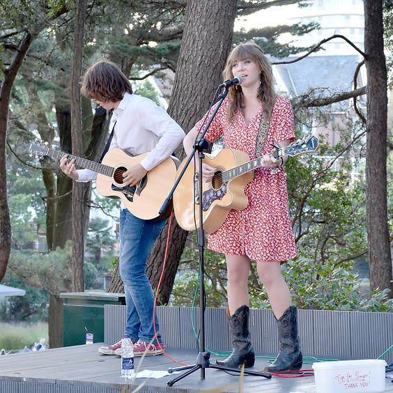 Live Music: Nia Nicholls