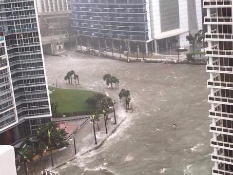 Top 7 Hurricane Season Tips for Landloards