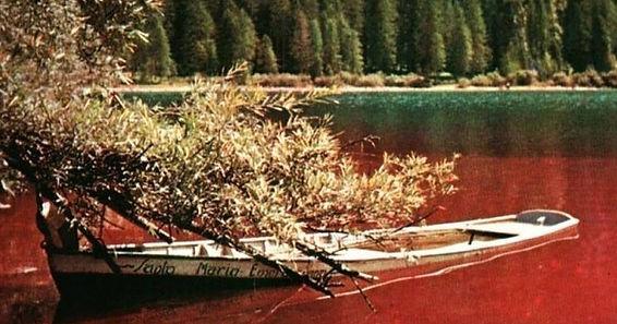 lago-di-tovel-rosso.jpg
